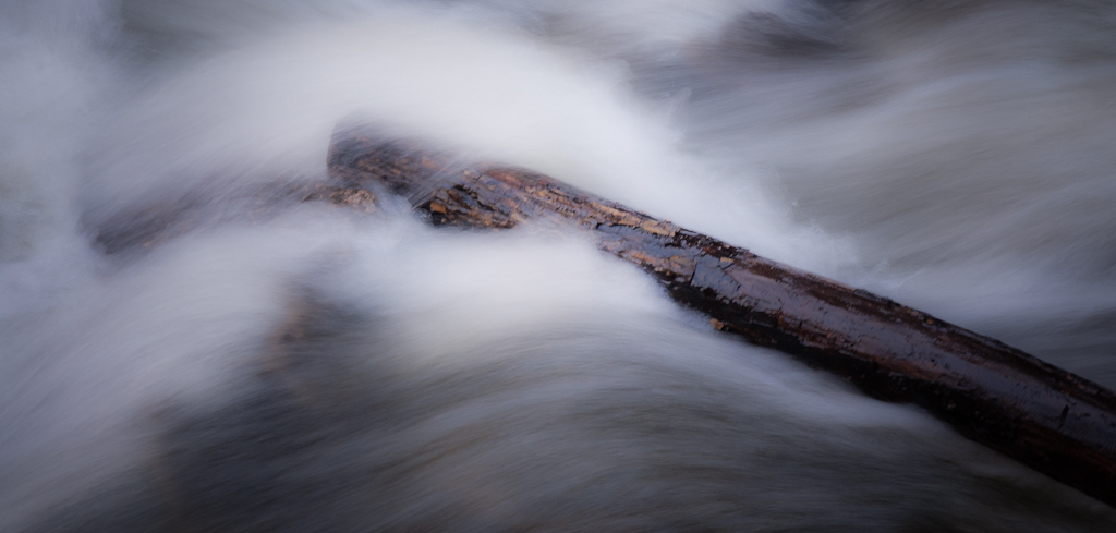 River Log f/20 1/6 105mm